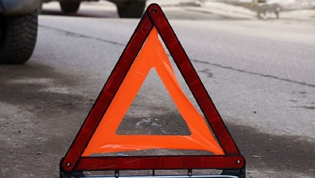 Пожарно-спасательные подразделения МЧС России приняли участие в ликвидации ДТП в Переволоцком районе