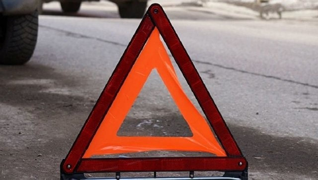 Пожарно-спасательные подразделения МЧС России приняли участие в ликвидации ДТП в городе Медногорск