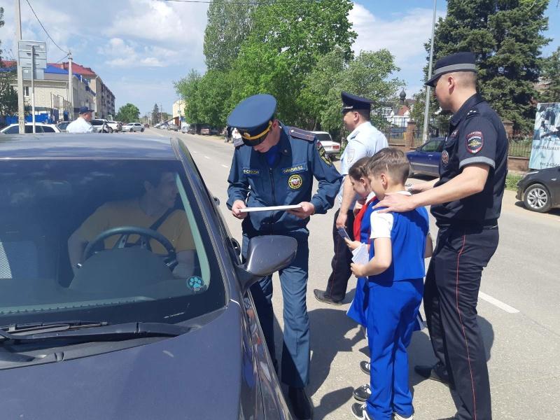Сотрудники МЧС провели совместный рейд с представителями ГИБДД