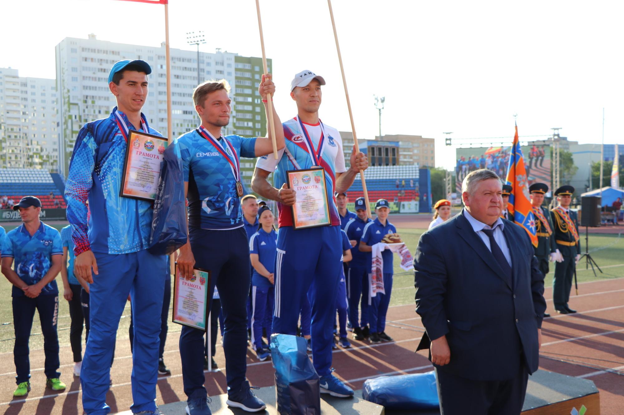 В Оренбуржье состоялось торжественное открытие межрегиональных соревнований по пожарно-спасательному спорту