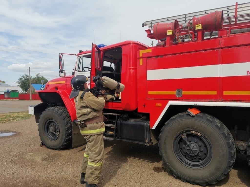 Пожарно-тактическое занятие на здании храма Сергия Радонежского